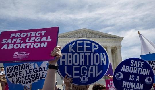 L'aborto in America: tra legalità e reato