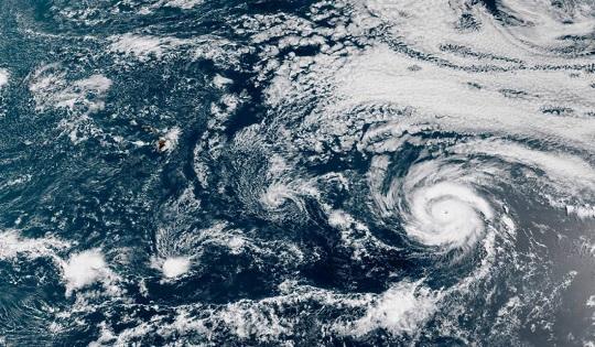 Una tempesta perfetta nei paradisi tropicali